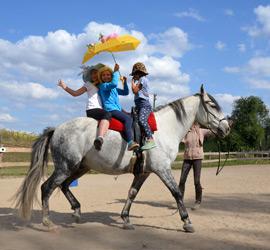 Kinder-Pferde-Zirkus-Titel
